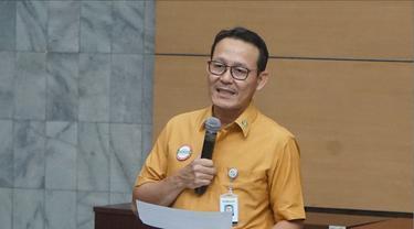 Direktur Utama BPJS Kesehatan menerangkan mengenai kenaikan iuran JKN di Kantor BPJS Kesehatan. (Foto: Humas BPJS Kesehatan)