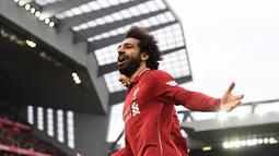 Salah didatangkan Liverpool dari AS Roma dengan mahar tak kurang dari 30 juta pounds. Pada musim pertama, Salah langsung tampil impresif dan memukau banyak penggemar di Anfield. (AFP/Paul Ellis)
