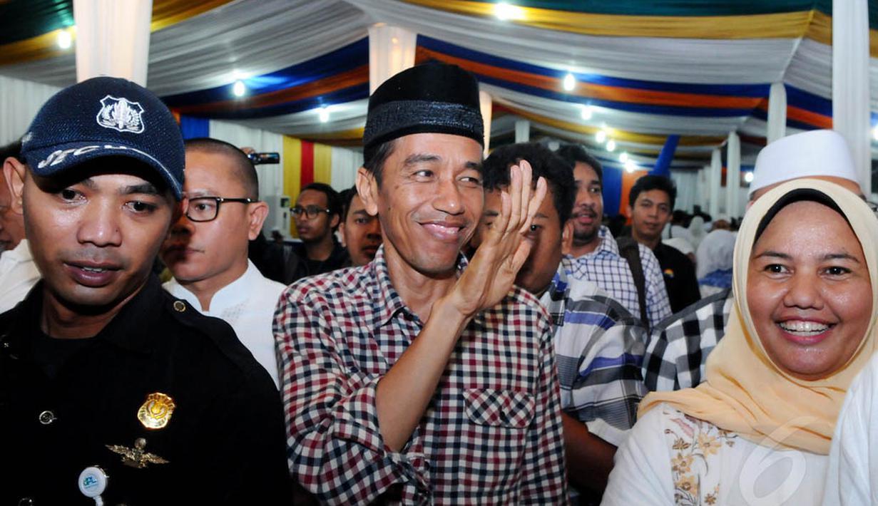 Capres Joko Widodo menghadiri buka puasa bersama di DPP NasDem, Jakarta, Senin (30/6/14). (Liputan6.com/Andrian M Tunay)