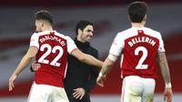 Ekspresi kegembiraan terpancar dari wajah Mikel Arteta usai Arsenal mengalahkan Chelsea 3-1 dalam lanjutan Liga Inggris 2020/2021. (Julian Finney Pool via AP)