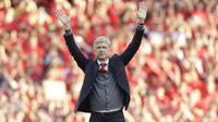 Wenger menyampaikan salam perpisahan untuk fans Arsenal. (AP Photo/Matt Dunham)