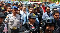 Hercules ditahan karena kasus pemerasan dan pencucian uang di beberapa wilayah di Jakarta.  Sebelumnya, Hercules akan dipindahkan ke Rutan Salemba. Karena penuh, Hercules urung dipindahkan ke Salemba (Liputan6.com/Faisal R Syam)