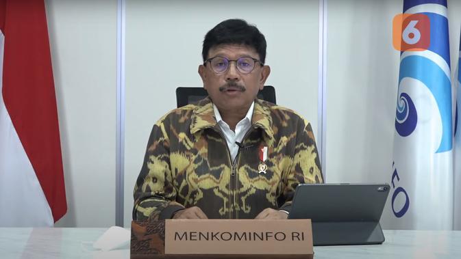 Menkominfo Johnny G. Plate dalam konferensi pers mengenai penandatanganan SKB tentang pedoman atas implementasi pasal tertentu UU ITE. (Liputan6.com/ Agustin Setyo W).