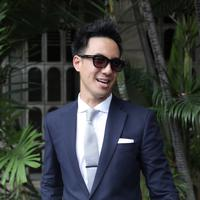 Kisah cinta pasangan Sandra Dewi dan Harvey Moeis ada campur tangan dari presenter Daniel Mananta. Presenter itu, yang mengenalkan Daniel pada artis peran dari Pangkal Pinang, Bangka Belitung itu. (Galih W. Satria/Bintang.com)