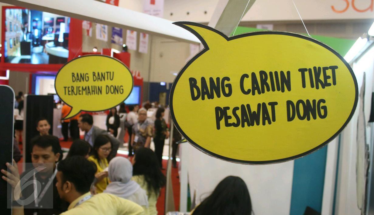 Suasana di salah satu stand saat digelar Indonesia E-commerce Summit and Expo (IESE) 2017 di ICE BSD, Tangerang Selatan, Selasa (9/5). (Liputan6.com/Angga Yuniar)