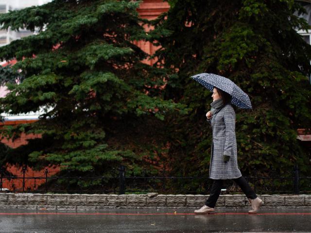 50 Kata Mutiara Hujan Dengan Makna Mendalam Bikin Baper Hot Liputan6 Com