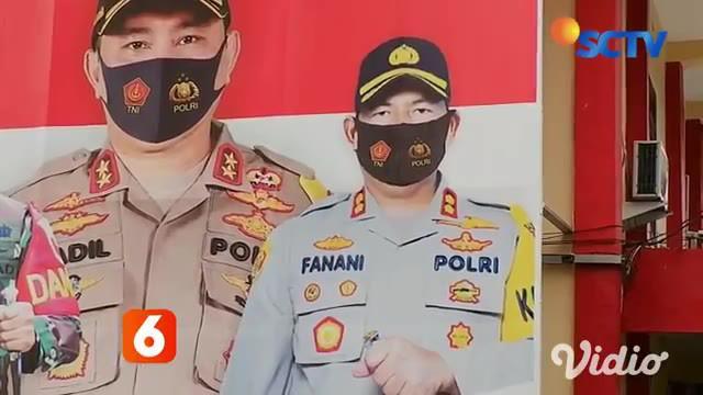Kasat Sabhara Polres Blitar, AKP Agus Tri melayangkan surat pengunduran diri sebagai anggota Polri ke Polda Jatim. Hal ini karena ketidak nyamanannya atas  kepemimpinan Kapolres Blitar AKBP Ahmad Fanani.