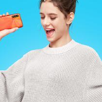 Xiaomi baru saja memperkenalkan Redmi 9T varian baru sunrise orange. (Foto: Xiaomi Indonesia)