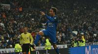 Putra Luis Milla melakukan selebrasi usai menjebol gawang Real Madrid. (twitter.com/CFuenlabradaSAD/media)