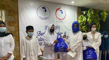 DPP Ikatan Wanita Pengusaha Indonesia (Iwapi) menggelar kegiatan Berbagi Kasih Ramadan 1442 Hijrian dengan memberikan donasi kepada yatim piatu dan kaum duafa.
