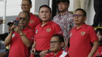 Ketua PSS, Mochamad Iriawan, ketika mendukung Timnas Indonesia U-22 di SEA Games 2019. (Bola.com/Muhammad Iqbal Ichsan)