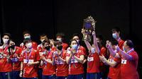 Tim bulutangkis China menjuarai Piala Sudirman 2021 setelah mengalahkan Jepang 3-1 di final, Minggu (3/10/2021). (Markku Ulander/Lehtikuva via AP)