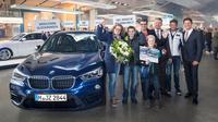 Keluarga ini berkesempatan menggunakan BMW X1 selama setahun penuh.
