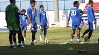 Persib menggelar latihan jelang menghadapi PS Tira (Liputan6.com/Kukuh Saokani)