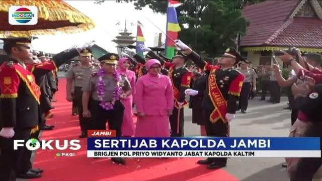 Polda Jambi menggelar acara pisah sambut kapolda yang baru, Brigjen Pol Muchlis AS, sebagai rangkaian serah terima jabatan Kapolda Jambi.