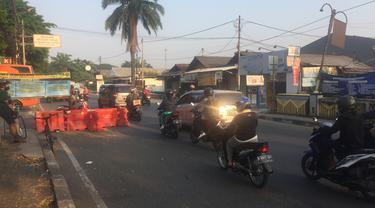 Tak Terlihat Penyekatan PPKM Level 4 di Pondok Gede Perbatasan Jakarta-Bekasi