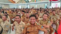 Ribuan kepala desa se-Sumsel menghadiri  Rapat Kerja Percepatan Penyaluran dan Pengelolaan Dana Desa Tahun 2020 di Dining Hall, Komplek Jakabaring Sport City (JSC) Palembang, Jumat (28/2/2020) (Liputan6.com / Nefri Inge)