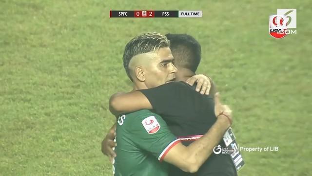 PSS Sleman membawa pulang gelar juara Liga 2 2018. Mereka merebut gelar usai membekuk Semen Padang 2-0 di Stadion Pakansari, Cibinong, Senin (4/12/2018).