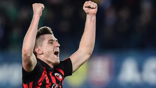 FOTO: 7 Striker Nomor Punggung 9 Gagal Bersinar AC Milan