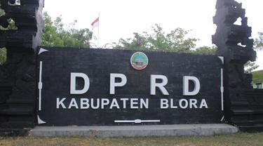 Tampak depan Kantor DPRD Blora, Jawa Tengah. (Foto: Liputan6.com/ Ahmad Adirin)