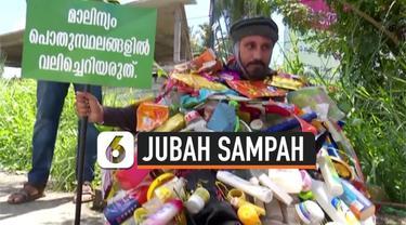 Seorang pecinta lingkungan berjalan kaki sejauh 100 km sambil mengenakan jubah yang terbuat dari sampah plastik. Aksi tersebut bertujuan untuk meningkatkan kesadaran masyarakat terhadap sampah.