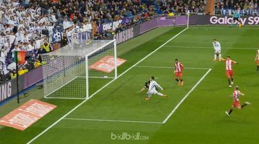 Real Madrid menang besar 6-3 atas Girona, Minggu (18/3) sehingga Los Blancos memangkas jarak dengan Atletico Madrid untuk finis ru...