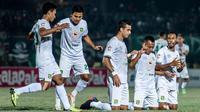 Skuat Persebaya saat merayakan gol ke gawang Badak Lampung di Stadion Sumpah Pemuda, Lampung, Selasa (20/8/2019). (Bola.com/Dok. Persebaya)