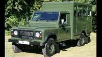 Mobil Land Rover (Carbuzz)