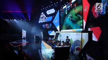 Jauh dari genggap gempita pagelaran Asian Games 2018 di Jakarta dan Palembang, turnamen eSports yang berlangsung di Britama Arena-Mahaka Square, Jakarta, Minggu (26/8/2018), resmi dimulai.