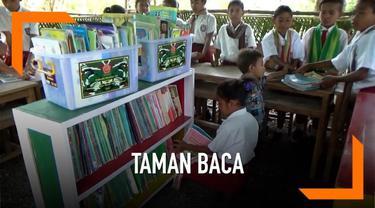 Melihat taman baca bagi anak sekolah dalam kondisi memprihatinkan. Aparat TNI yang bertugas di daerah perbatasan Indonesia-Timor Leste, membangun sebuah taman baca permanen.