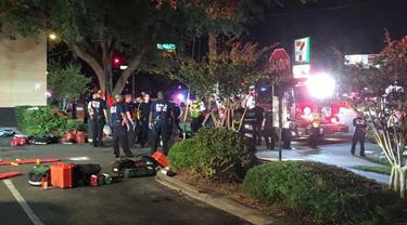 Suasana di sekitar lokasi penembakan klub malam Pulse di Orlando