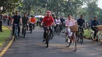 Presiden Joko Widodo atau Jokowi ditemani Ibu Negara Iriana mengunjungi kawasan Candi Borobudur Kabupaten Magelang, Yogyakarta, Jumat (30/8/2019). (Lizsa Egeham/Liputan6)