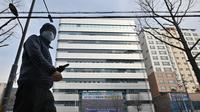 Kondisi Daegu, Korea Selatan, sepi usai instruksi pemerintah setempat agar warga tak beraktivitas di luar rumah akibat meningkatnya kasus infeksi virus corona. (dok. Foto JUNG YEON-JE / AFP)