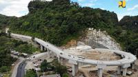 Pembangunan Jalan Layang Maros dapat selesai sesuai jadwal yakni September 2018. (Foto: Humas Kementerian PUPR)