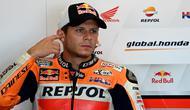 Pembalap pengganti Marc Marquez di tim Repsol Honda, Stefan Bradl pada ajang MotoGP 2020. (ANDREAS SOLARO / AFP)
