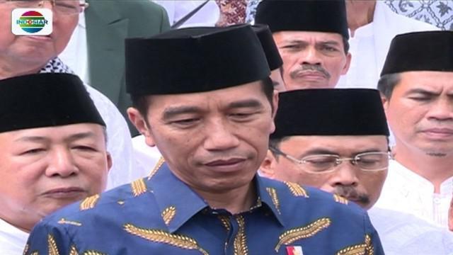 Terima sejumlah ulama di Istana, Presiden Jokowi bahas beberapa isu terkini, seperti soal penangkalan berita hoaks.