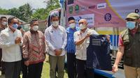 Menteri Koperasi dan UKM Teten Masduki saat meninjau Desa Devisa Koperasi Gunung Luhur Berkah (GBL) Kabupaten Subang (dok: LPEI)