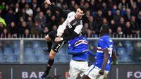 Cristiano Ronaldo mencetak gol kedua Juventus ke gawang Sampdoria pada pekan ke-17 Liga Italia Serie A di Stadio Comunale Luigi Ferraris, Genova, Kamis (19/12/2019) dini hari WIB.(Luca Zennaro/ANSA via AP)