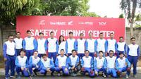 Sebanyak 20 orang penggemar Honda CBR pada Sabtu (8/12) mengikuti kompetisi safety riding dan slalom di Training & Kompetisi Safety Riding Center Wahana Jatake, Tangerang, Sabtu (8/12).