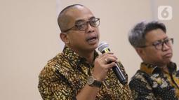 Dirjen Pajak Suryo Utomo saat menjelaskan empat pilar dalam omnibus law kepada media di Jakarta, Selasa (11/2/2020). Suryo Utomo mengatakan terdapat empat rencana ketentuan yang secara khusus ditujukan untuk memperkuat perekonomian. (Liputan6.com/Angga Yuniar)
