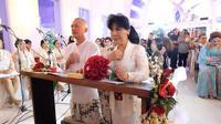 Anne Avantie dan suami rayakan 25 tahun pernikahan dengan 'menikah lagi' [foto: instagram]