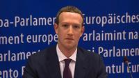 CEO Facebook Mark Zuckerberg memberi keterangan di markas Parlemen Eropa di Brussel, Belgia, Selasa (22/5). Zuckerberg memberi keterangan terkait skandal kebocoran data Facebook. (EBS/AFP)