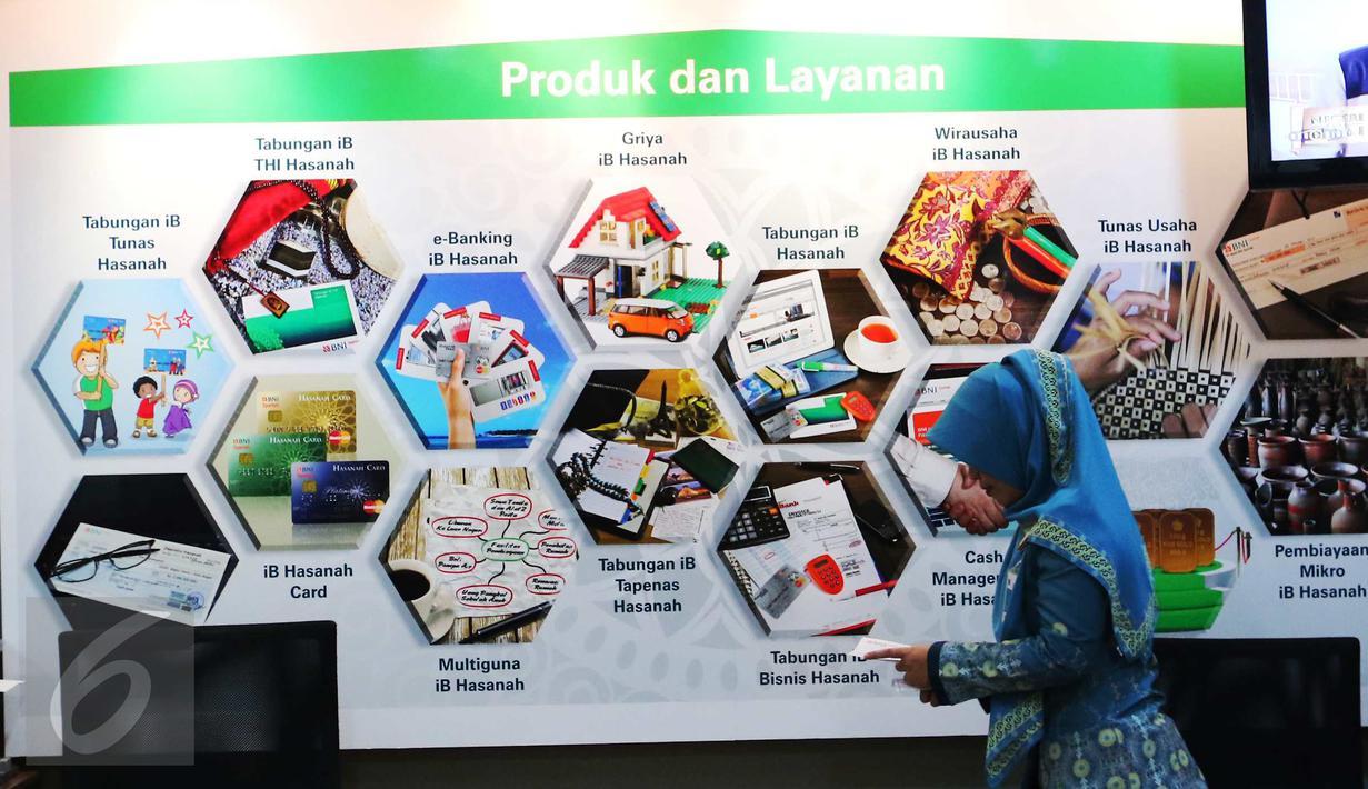 Aktivitas perbankan syariah di BNI Syariah Jakarta, Senin (10/10). Share industri perbankan syariah terhadap industri perbankan nasional menunjukkan kenaikan dari 4,60% di Juli 2015 menjadi 4,81% di Juli 2016. (Liputan6.com/Angga Yuniar)