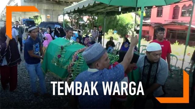 Kelompok pemuda tak dikenal secara membabi buta tembak warga di Medan dengan senapan angin. Akibat kejadian ini seorang pria tewas tertembak.