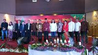 Relawan Jokowi menggelar peringatan Natal bersama. Acara dihadiri sejumlah pejabat, di antaranya Kepala Staf Kepresidenan Moeldoko, anggota Wantimpres Sidarto Danusubroto, dan Preskom BUMN PT PP Andi Gani Nena Wea. (istimewa)