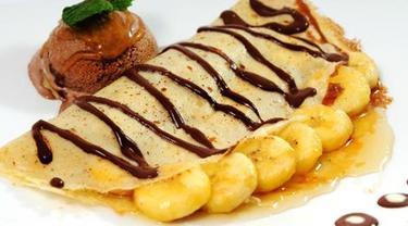 098479000 1543212297 resep crepes pisang keju cokelat Resep Indonesia CaraBiasa.com