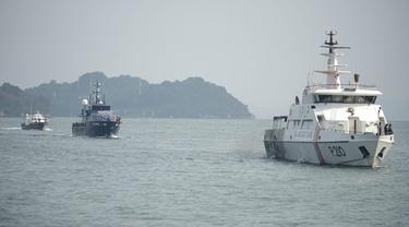 Patroli laut gabungan KPLP, Bea Cukai dan Polairud