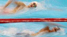 Atlet renang China, Sun Yang, saat beraksi di Asian Games di Stadion Aquatic, GBK, Jakarta, Senin (20/8/2018).(Bola.com/Peksi Cahyo)