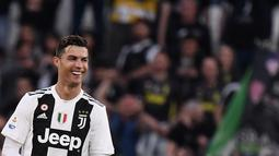 2. Cristiano Ronaldo (Juventus) - 19 gol dan 11 assist (AFP/Marco Bertorello)