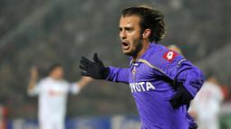 6. Alberto Gilardino. Striker kelahiran 5 Juli 1982 ini selama berkiprah di Liga Champions telah mencetak 13 gol untuk AC Milan dan Fiorentina. (AFP/Attila Kisbenedek)